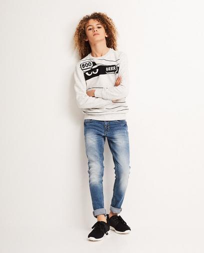 Sweater mit Aufnähern